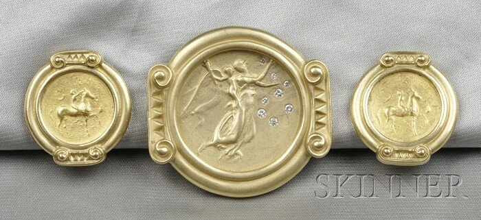 23: 18kt Gold and Diamond Brooch and Earclips, Esti Fre