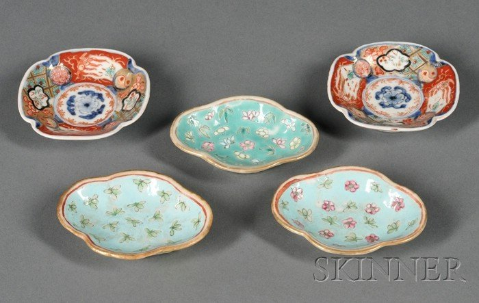 708: Five Export Porcelain Butter Pat Dishes, two lobed