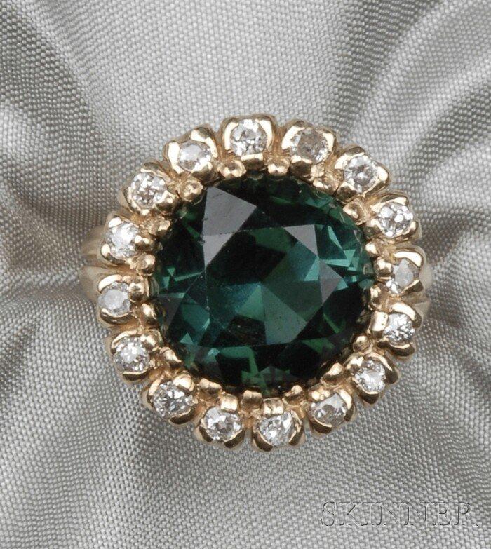 20: 14kt Gold, Green Tourmaline, and Diamond Ring, bead