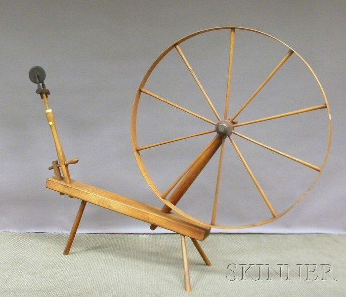 707A: Large Wooden Spinning Wheel.