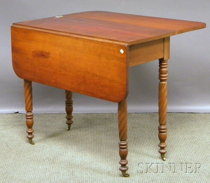 707C: Classical Cherry Drop-leaf Table with Rope-turned