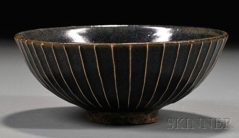 560: Stoneware Bowl, China, possibly northern Sung peri