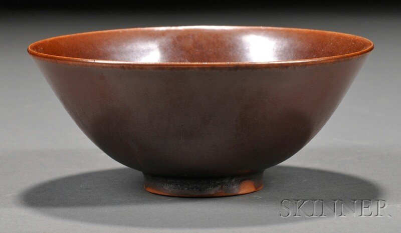 569: Stoneware Bowl, China, possibly Northern Sung peri