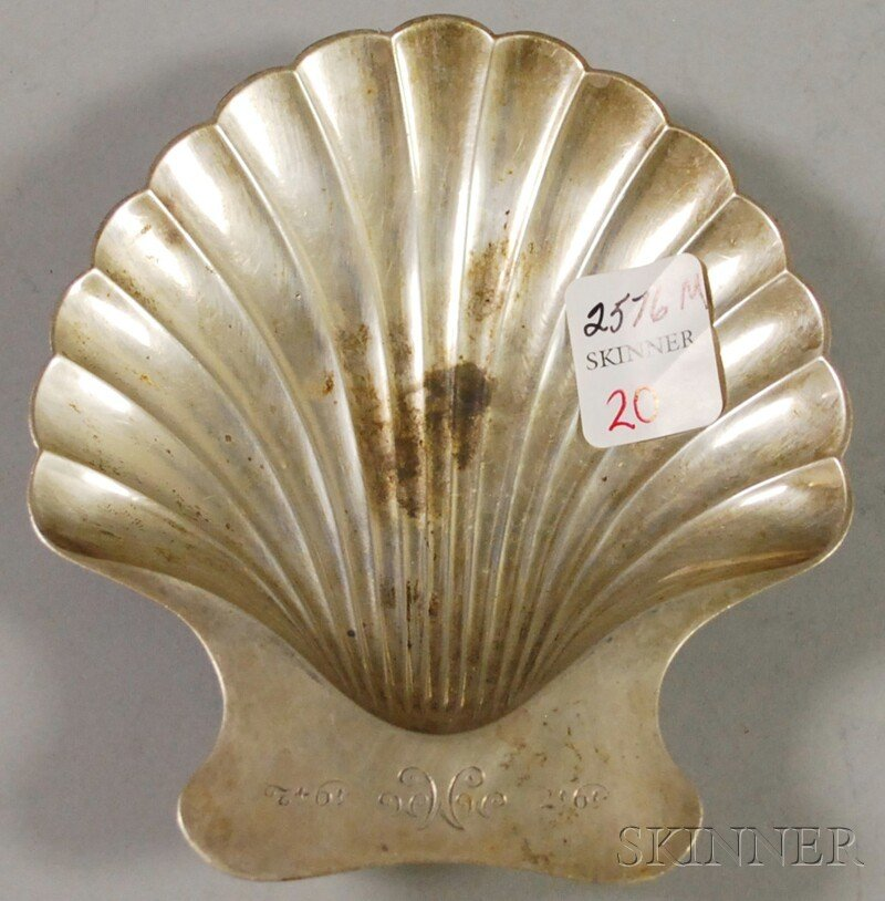 20: Tiffany & Co. Sterling Silver Shell-shaped Footed S