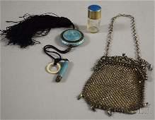 638 Three Ladys Accessories a small German silverfr