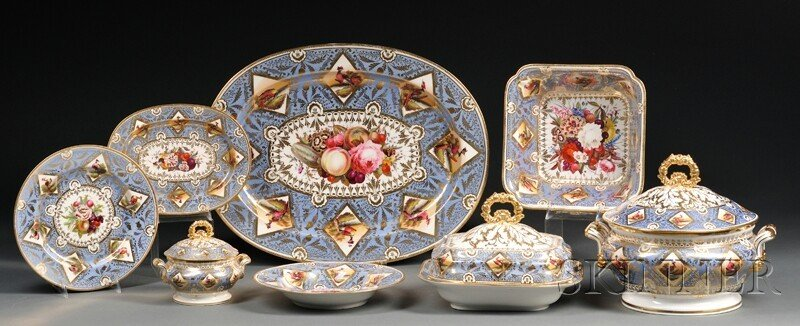 3: Extensive Chamberlain's Worcester Regent China Dinne