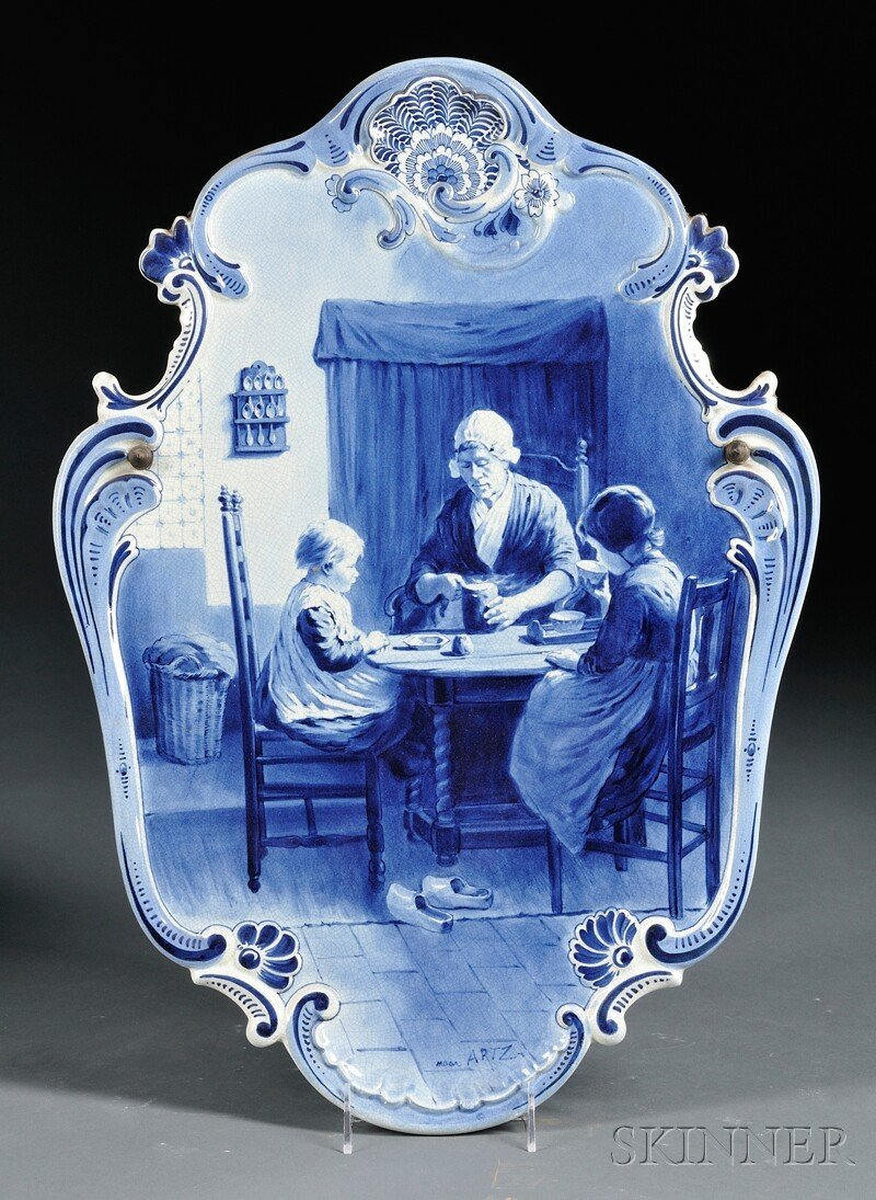 324: Dutch Delft Wall Plaque, cartouche-shaped, with mo