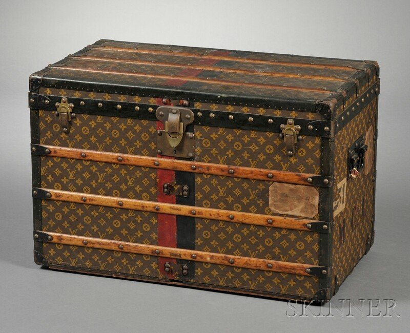 476: Louis Vuitton Wood-strapped Cloth-bound Steamer Tr