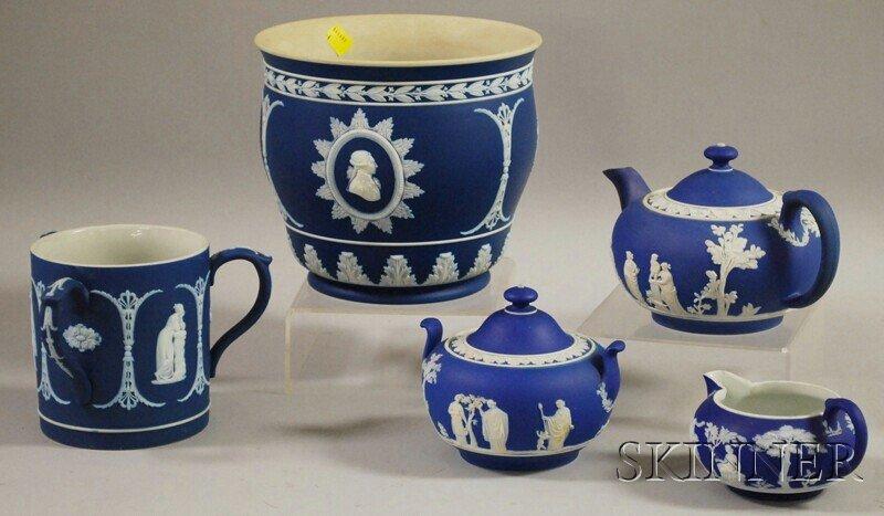 185: Five Wedgwood Dark Blue Jasper Dip Items, a small