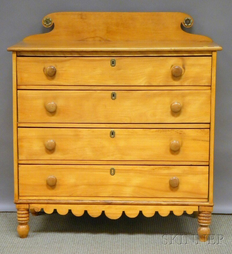 1005: Country Classical Maple Four-drawer Bureau.