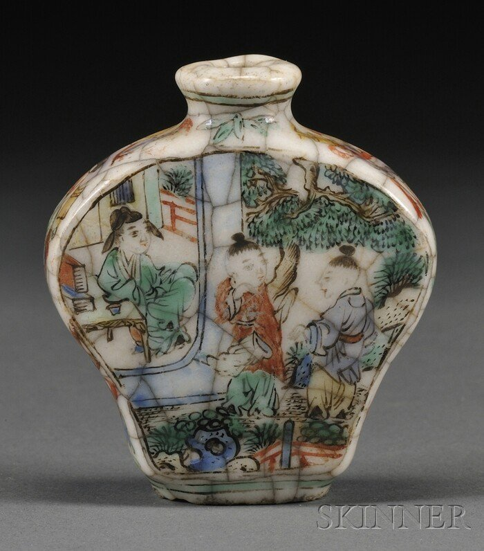 1017: Porcelain Snuff Bottle, China, 19th century, the