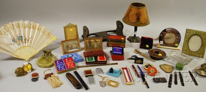 1019: Group of Miscellaneous Arts & Crafts, Art Deco, a