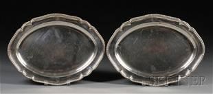 Pair of George III Silver Platters, London, 1795, m