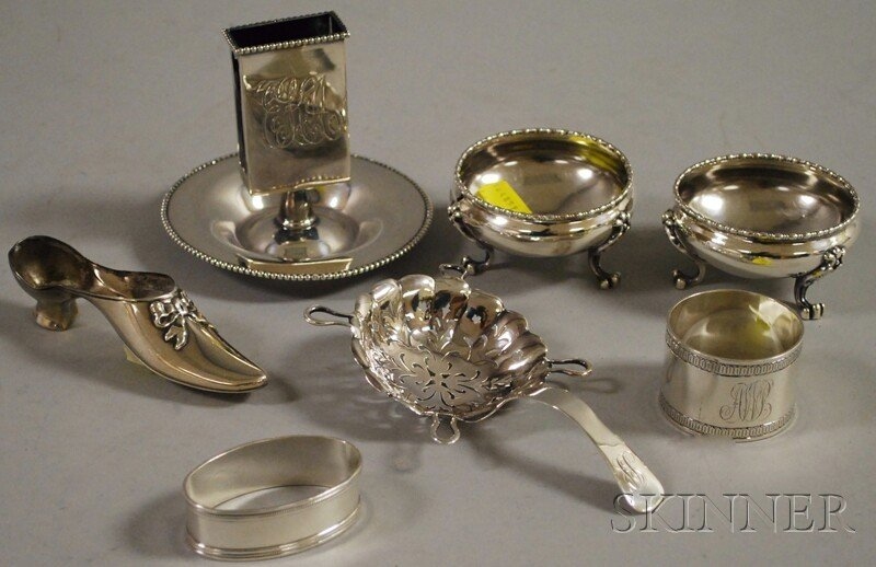 17: Seven Small Assorted Sterling Articles, a pair of G