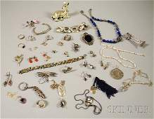 389: Group of Assorted Mostly Sterling Silver Jewelry,