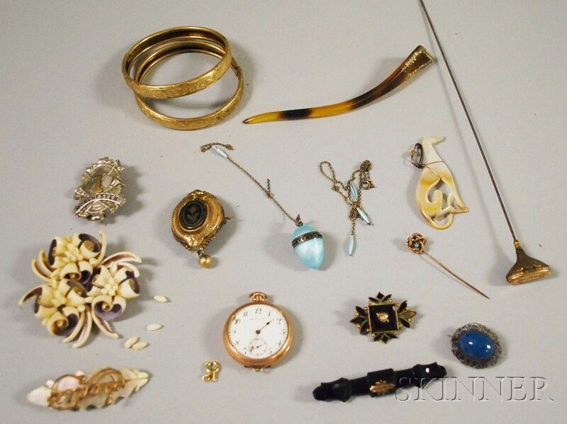 Small Group of Victorian Jewelry, including an opa