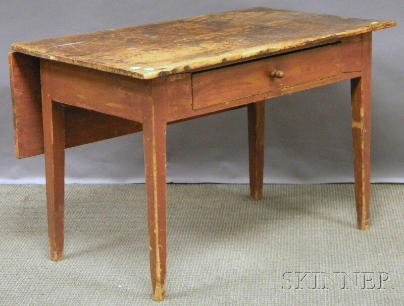 513: Red-painted Pine Single Drop-leaf Table with Taper