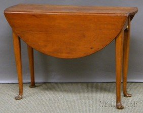 522: Queen Anne Cherry Drop-leaf Table, ht. 27, lg. 38