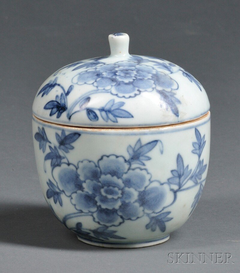 Blue and White Covered Bowl, Korea, 19th century, round