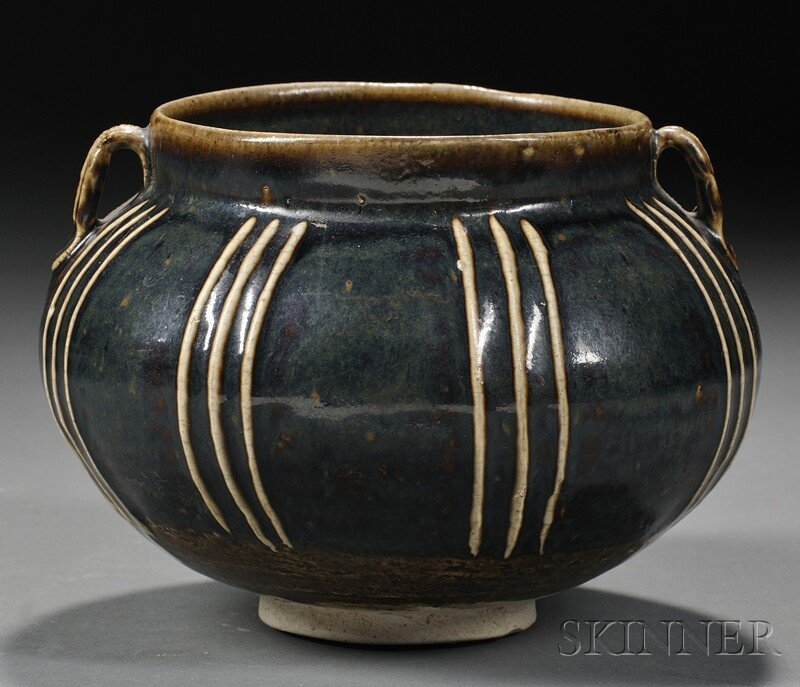 Henan Ribbed Jar, China, Sung dynasty (960-1279), ovoid