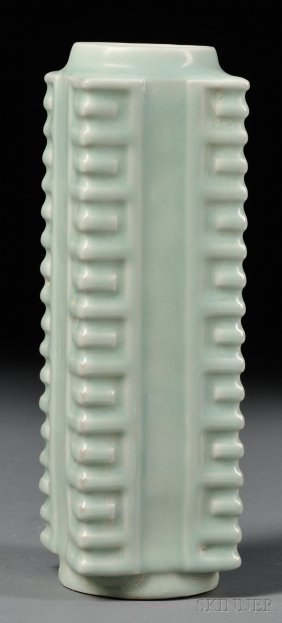 Celadon Vase, China, 19th/20th Century, Ge-shaped, Cove