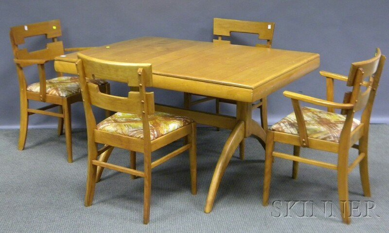 820: Heywood-Wakefield Modern Maple Dining Table and Si
