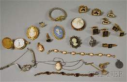 473 Small Group of Vintage and Costume Jewelry includ
