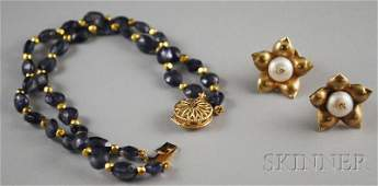 542: Two Jewelry Items, a pair of 18kt gold and pearl f