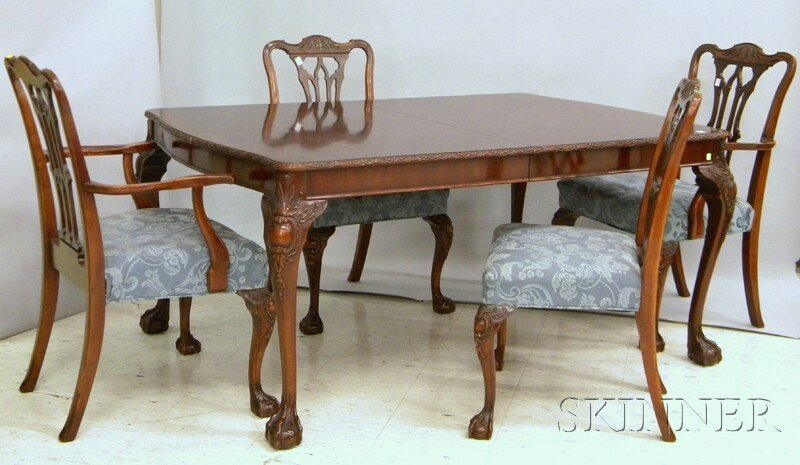 705: Ten-piece Chippendale-style Carved Mahogany and Ma