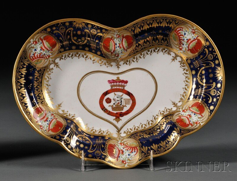 10: Chamberlain's Worcester Porcelain Heart-shaped Dish