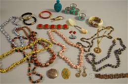 349: Group of Mostly Asian Jewelry and Decorative Items