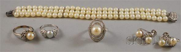 562 Five 14kt White Gold and Cultured Pearl Jewelry It