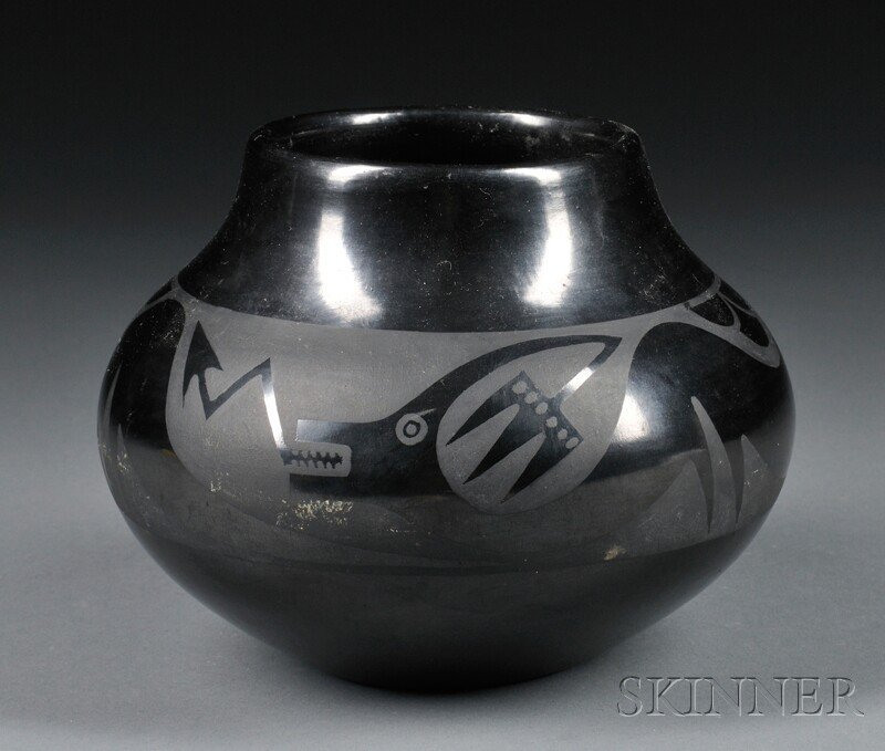 358: Maria Black-on-black Pottery Bowl, with classic se