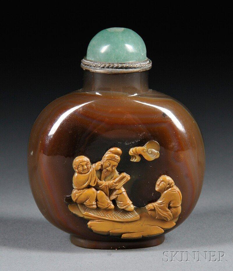 437: Suzhou-style Agate Snuff Bottle, China, 20th centu