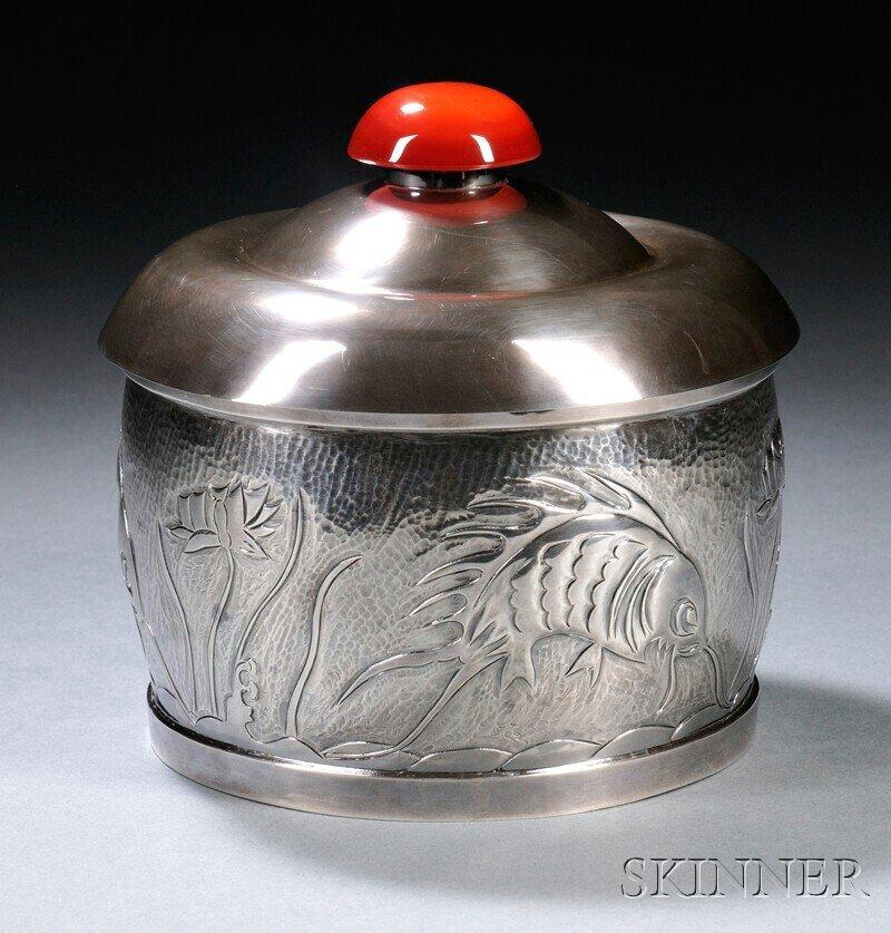 15: , Henry Petzal Silversmith (1906-2002) Covered Box,