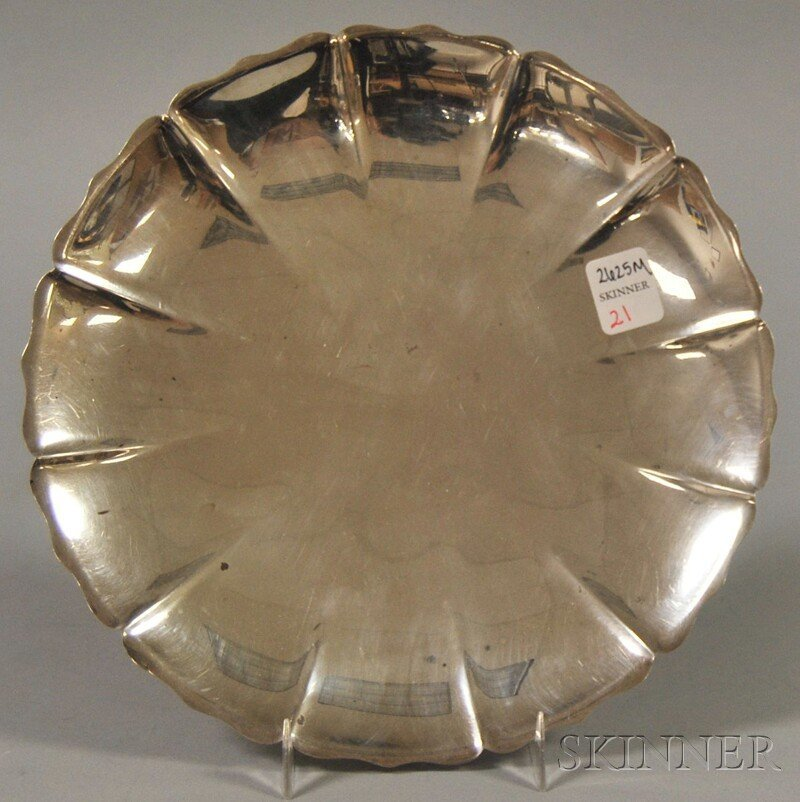 21: International Sterling Silver Floriform Footed Dish