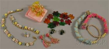 349: Small Group of Costume Jewelry, including a number