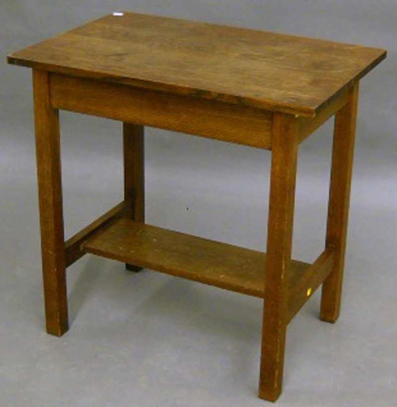 806: L. & J.G. Stickley One-drawer Occasional Table wit