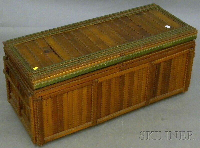 813: Tramp Art Painted Notch-carved Wood Lidded Blanket