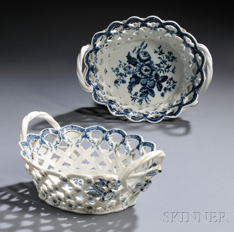 4: Pair of Dr. Wall Period Worcester Porcelain Blue and