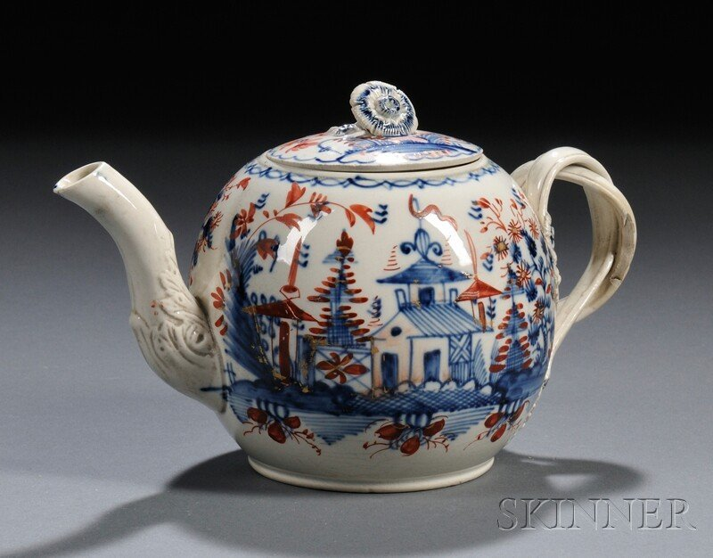 19: Chinoiserie-decorated Pearlware Teapot and Cover, E