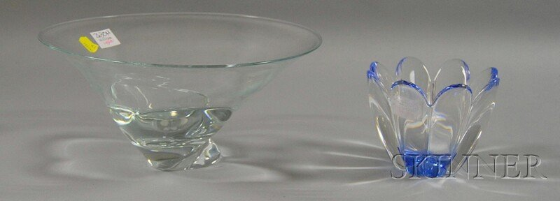 15: Two Decorative Glass Bowls, a small pale blue Orref