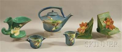 306: Roseville Pottery Snowberry Teapot, Creamer and Su