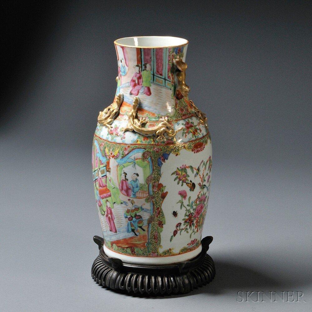 2: Export Rose Medallion Vase, China, 20th century, bal