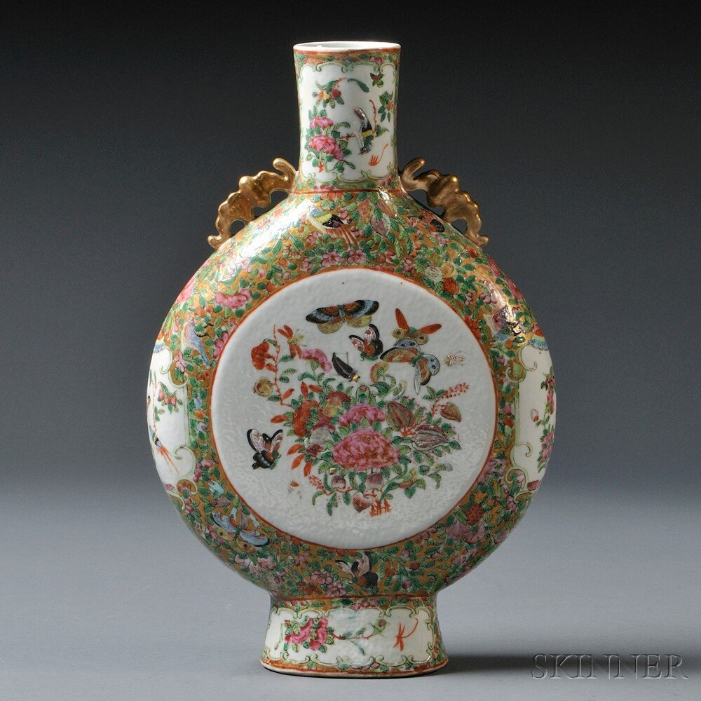 3: Rose Medallion Moonflask, China, 19th/20th century,
