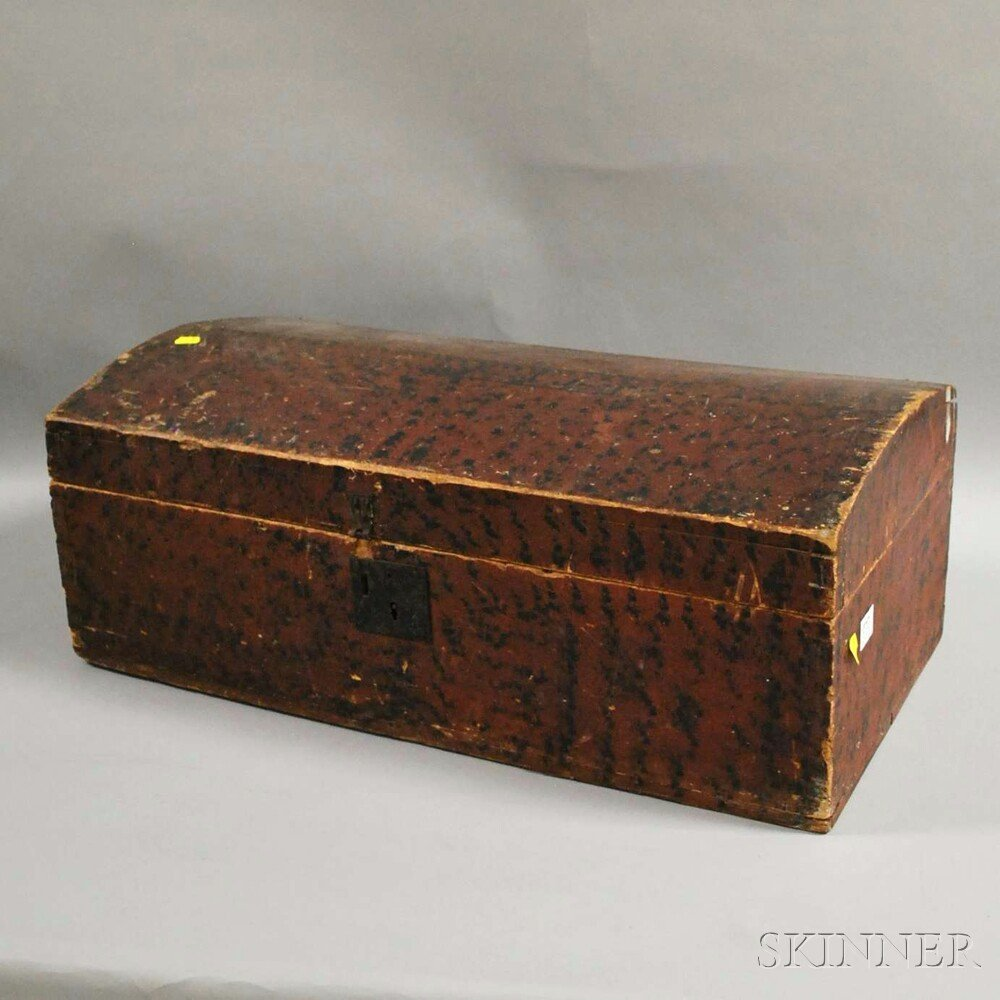 Paint-decorated Poplar Dovetail-constructed Dome-top Tr