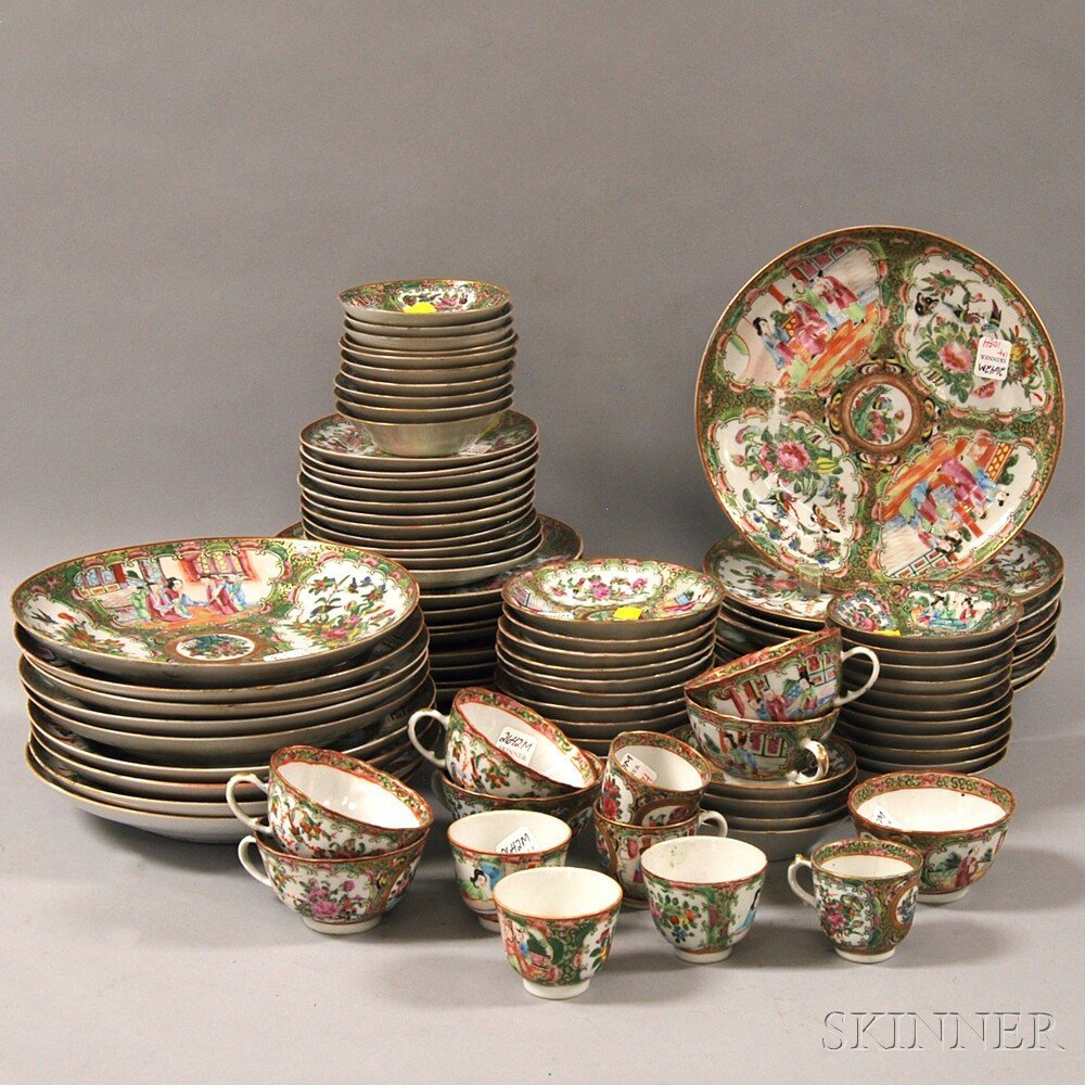 Approximately Eighty-seven Pieces of Chinese Export Por