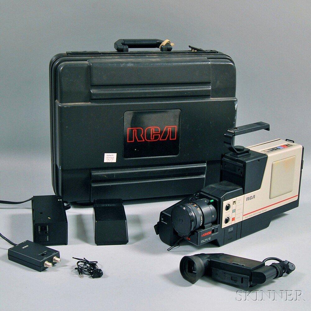 Vintage RCA Solid State MOS Image Sensor VHS Camcorder,