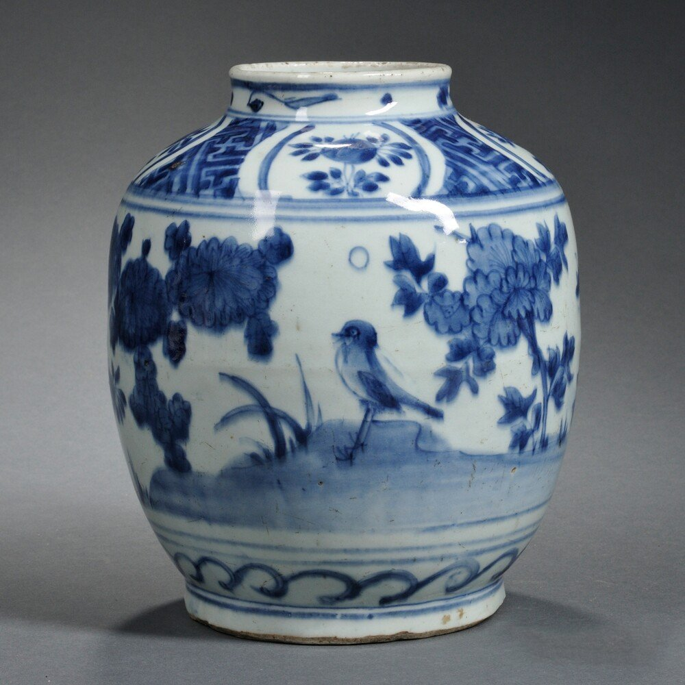 Blue and White Jar, China, ovoid, depicting birds and