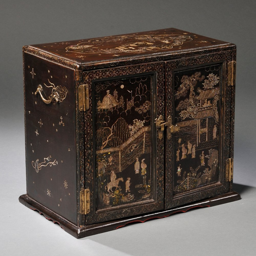 Lacquered Table Cabinet, China, 18th/19th century, the